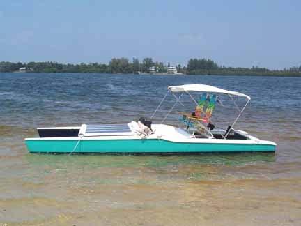 Solar Recharged Lake Boat